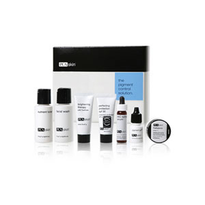 PCA The Pigment Control Solution Travel Size, contains 7 products